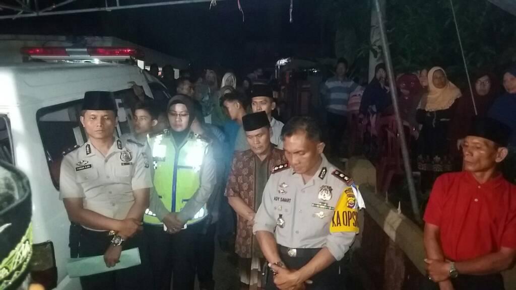 Kapolres Bengkulu Iringi Jenazah Fajar Dari RS.M.Yunus menuju Rumah Duka