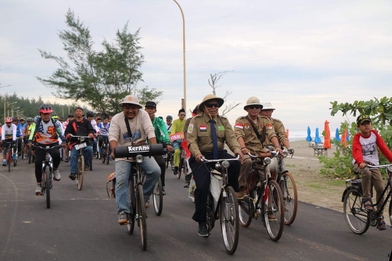 Lintas Komunitas dan Masyarakat Kayuh Sepeda Bersama Dalam Fun Bike Polda Bengkulu