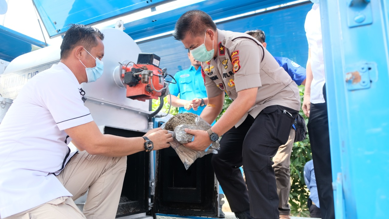 Kapolda Musnahkan BB Narkoba Hasil Tangkapan Polda dan Jajaran