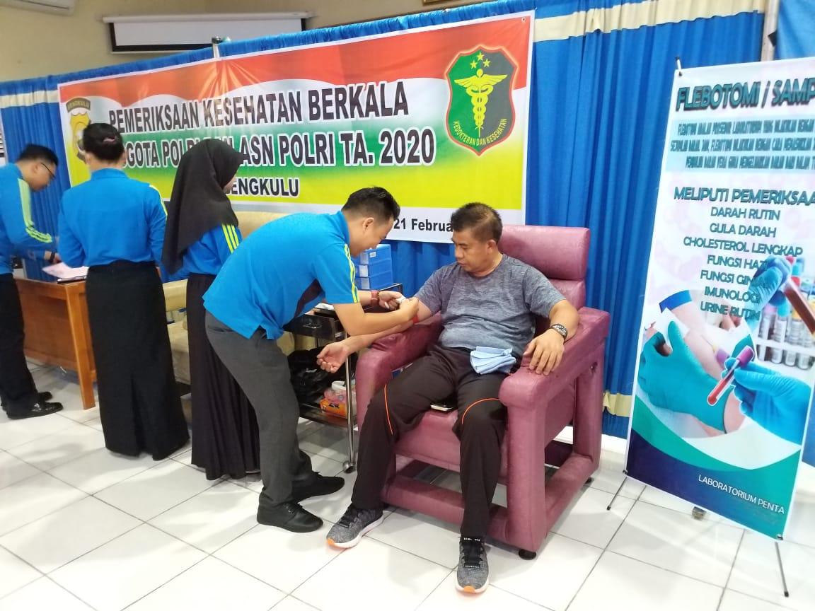 Cek Kesehatan Berkala Personil Polda Bengkulu, Kapolda Ikut Partisipasi