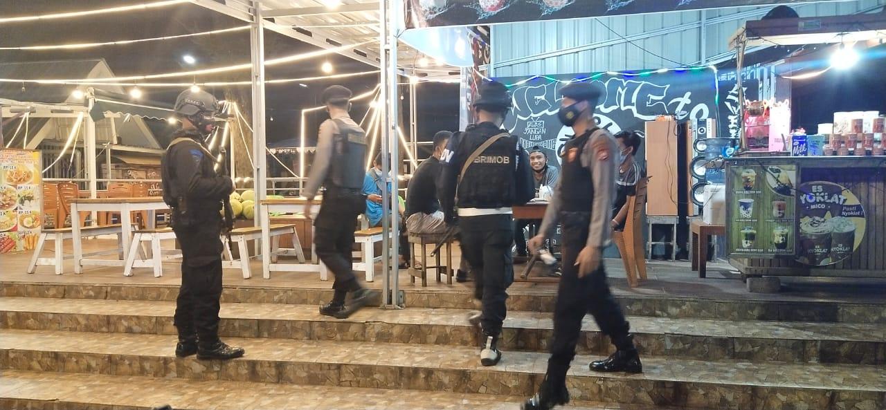 Malam Minggu, Satgas Aman Nusa II Patroli Himbau Prokes Covid-19