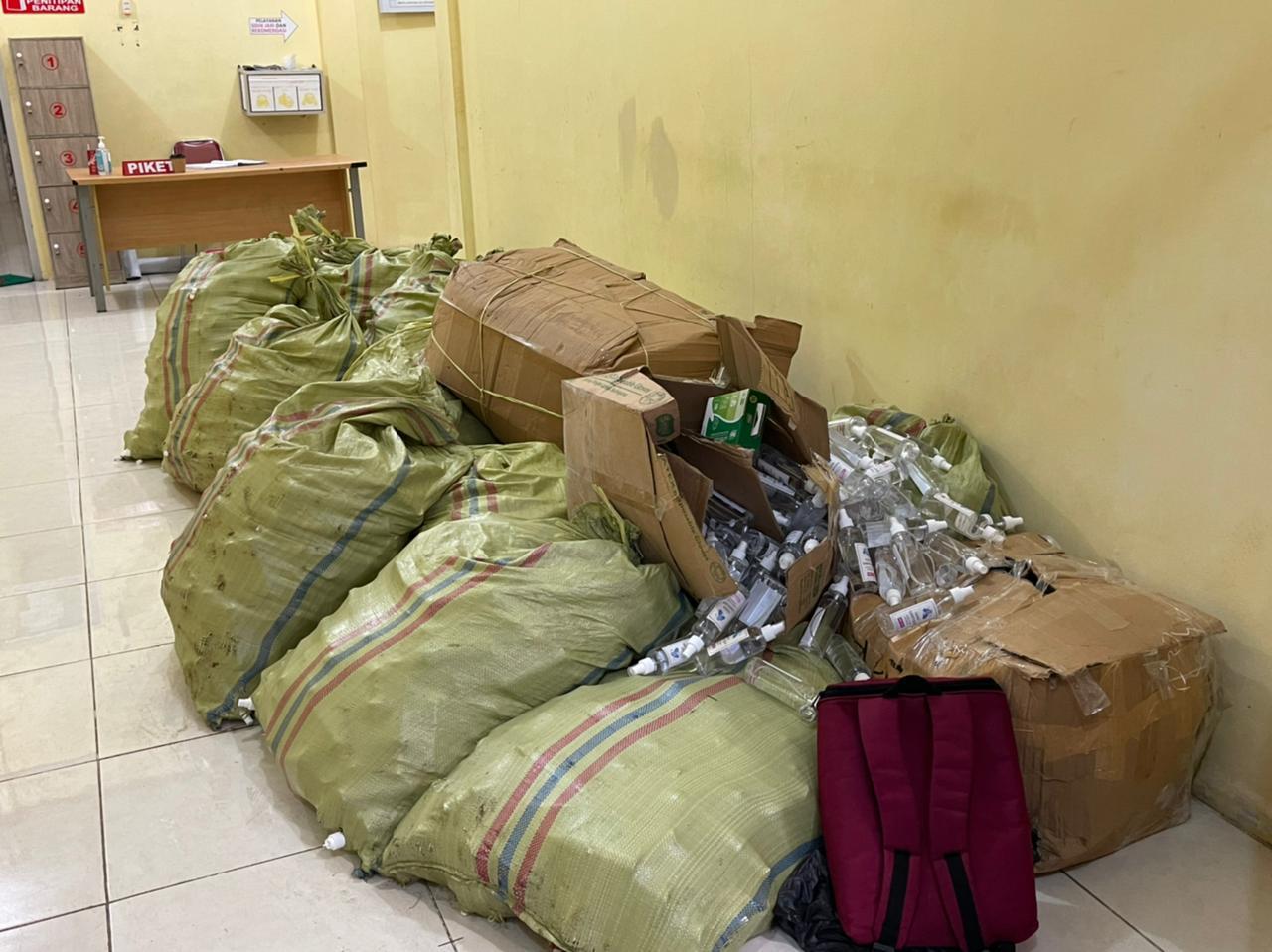 Polres Kepahiang Bongkar Produksi Hand Sanitizer Palsu di Dusun Kepahiang