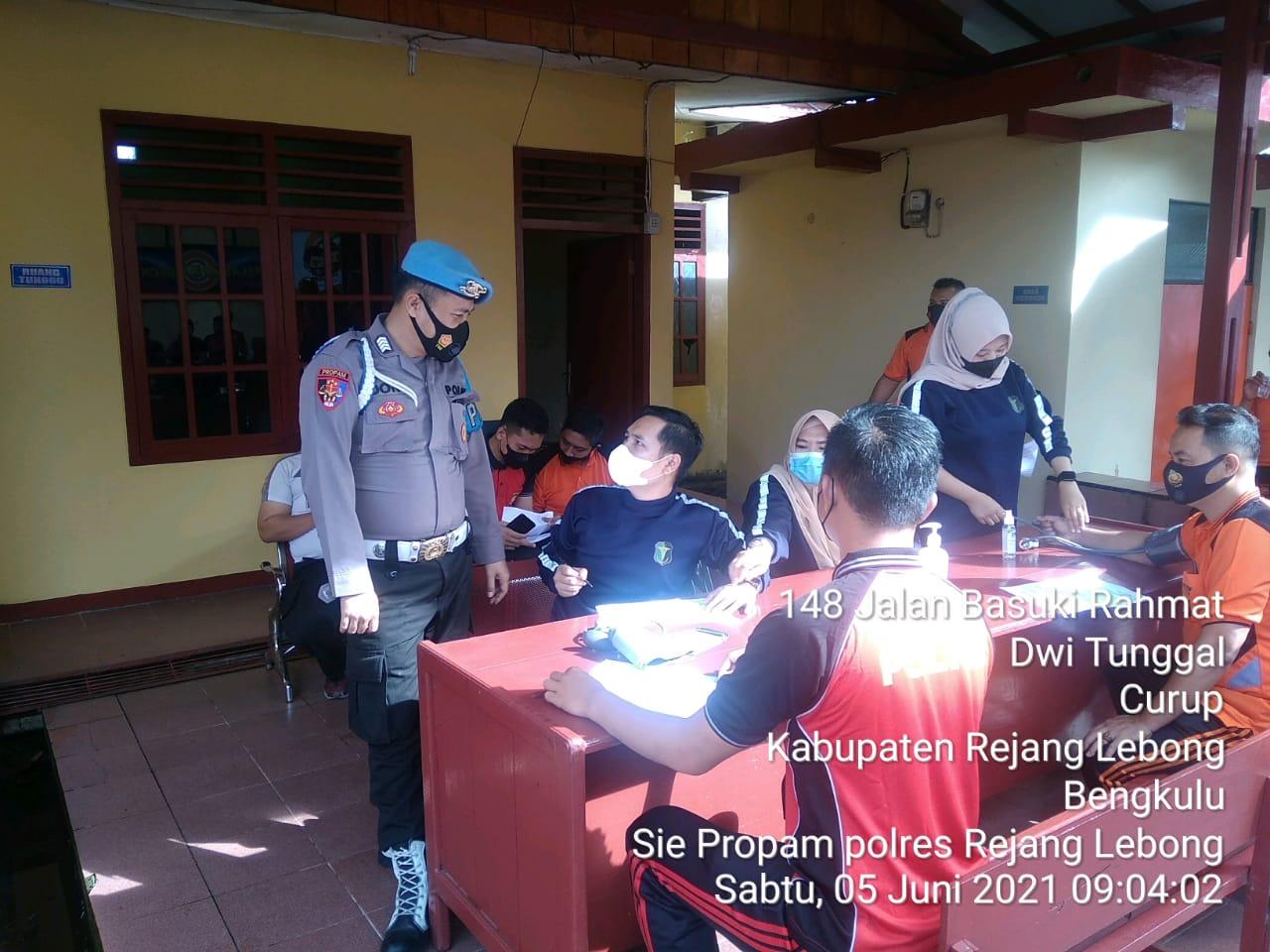 Jaga Kesehatan Anggota, Polres Rejang Lebong Gelar Kesamaptaan Jasmani