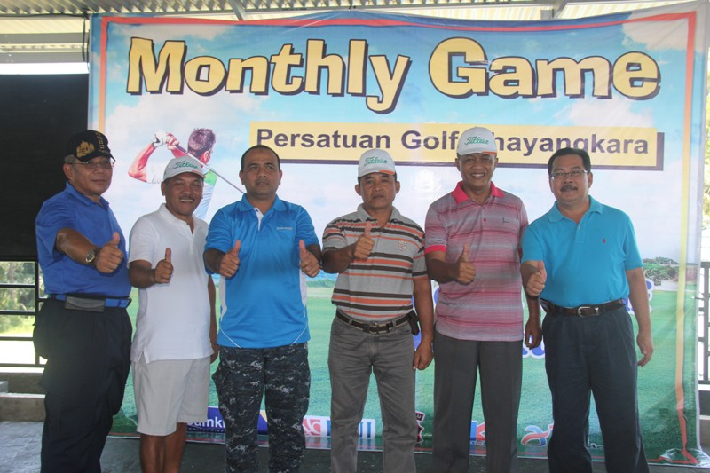 Kapolda Main Di Turnamen Golf BNI