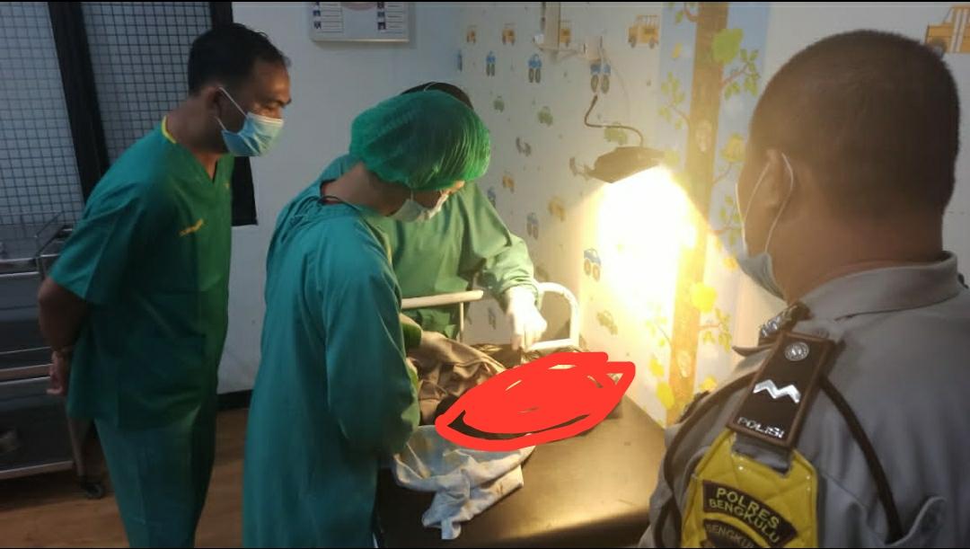 Penemuan Bayi Laki-laki di Depan SPBU Rawa Makmur