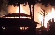 Diduga Konsleting Listrik, 4 Rumah Warga di Seluma Terbakar
