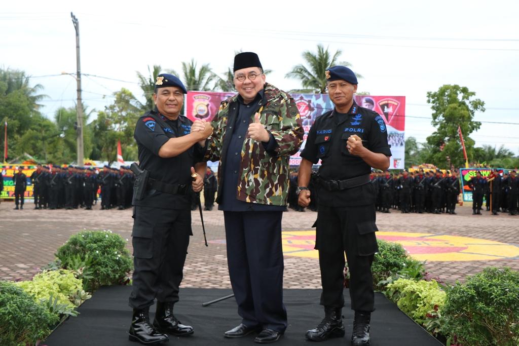Kapolda Bengkulu Dan Gubernur Bengkulu Jadi Warga Kehormatan Brimob