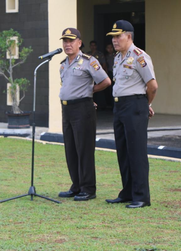 Karo SDM dan Dir Pam Obvit Pamitan