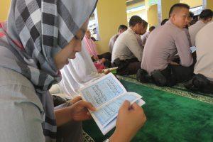 Tingkatkan Ketaqwaan, Personel Bu Pembinaan Rohani
