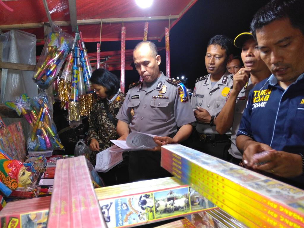 Sambut Bulan Ramadhan, Polres Bengkulu Utara Datangi Penjual Mercon dan Warung Tuak