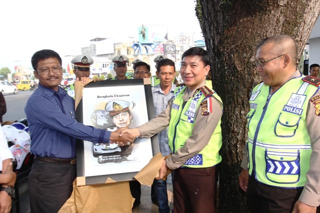 HUT Polantas, Polda Bengkulu Syukuran di Simpang Lima