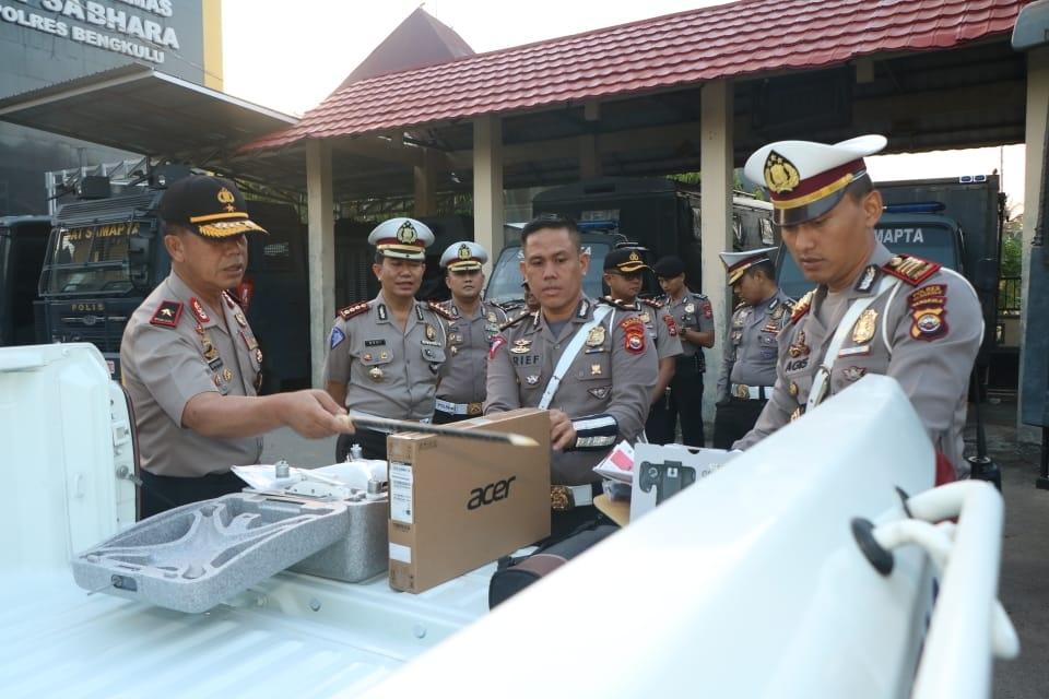 Kapolda Cek Kelengkapan Peralatan Mobnas Lantas