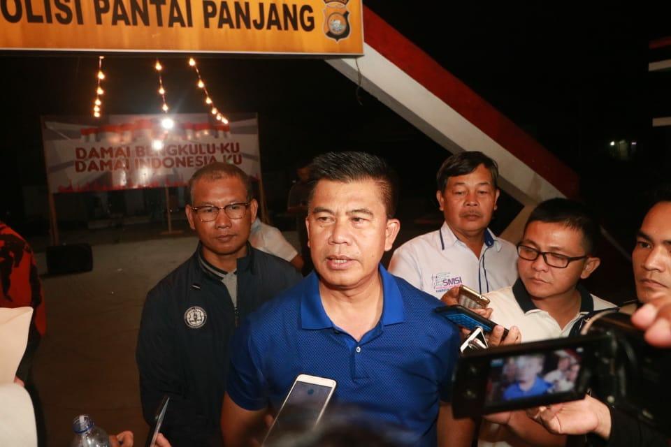 Melalui Malam Keakraban, Kapolda Bengkulu Ajak Awak Media dan LSMJaga Kondusifitas