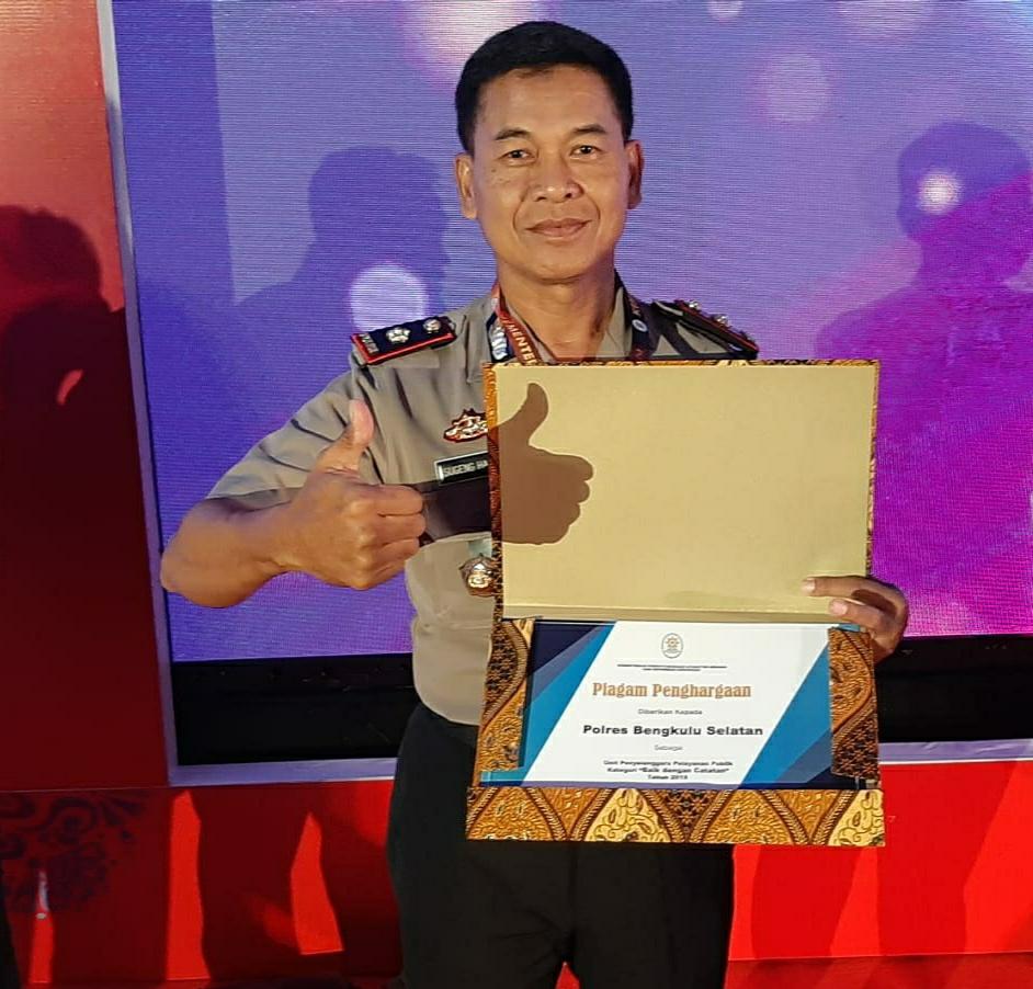 Polres Bengkulu Selatan Terima Penghargaan Dari Kemen PAN & RB