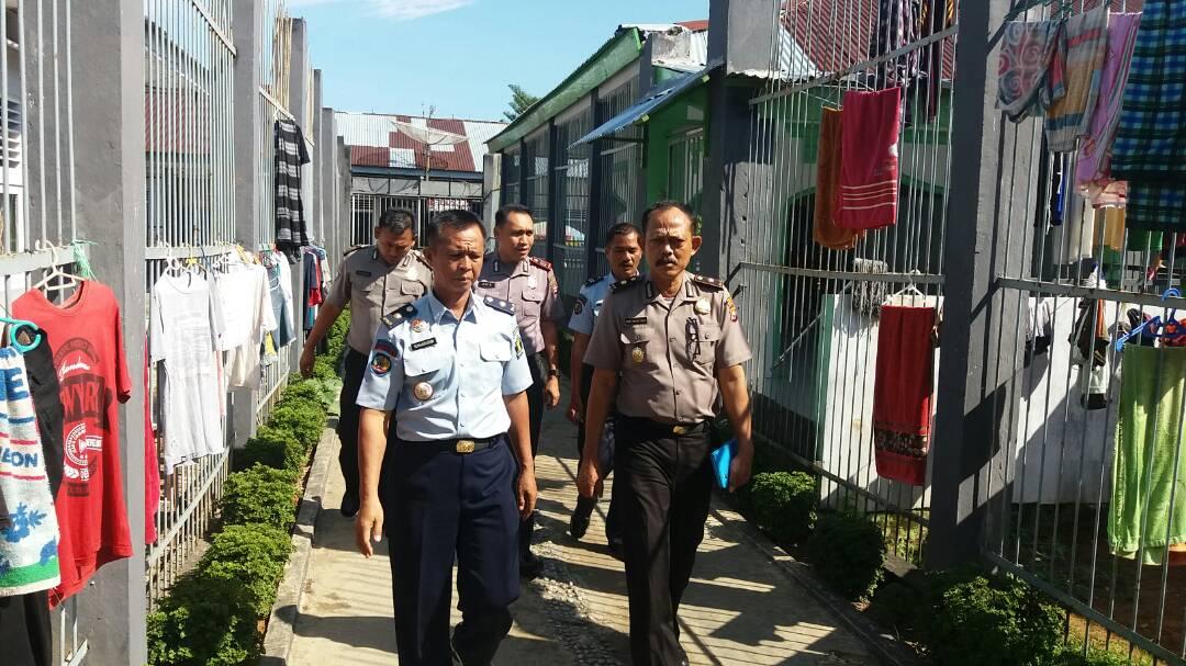Kunjungi Rutan, Polres Bengkulu Selatan Komunikasikan Sistem Pengamanan
