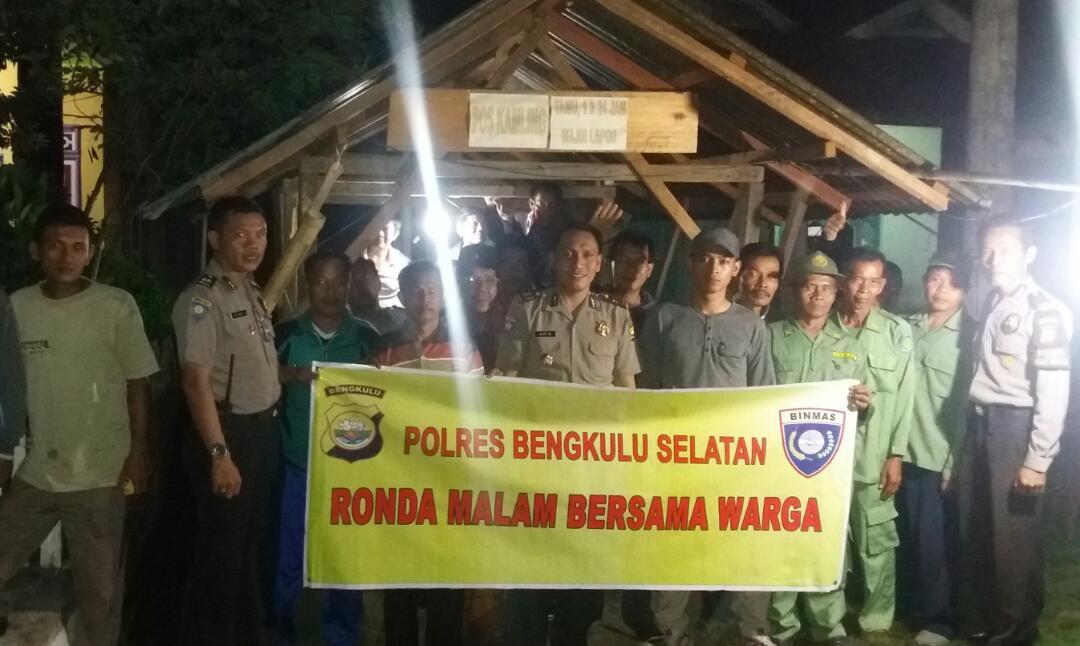 Ronda Malam Sat Binmas Polres Bengkulu Selatan, Sambangi Desa Suka Nanti Kedurang