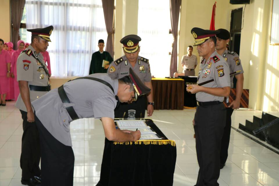 Kapolda Bengkulu Pimpin Sertijab 2 PJU Polda Bengkulu