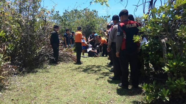 Reka Ulang Kasus Pembunuhan Siswi SMAN 4 Polisi Lakukan Pengawalan Ketat