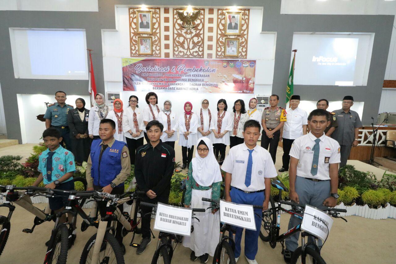 Bersama Oase, Yayasan Kemala Bhayangkari Daerah Bengkulu Berikan Pembekalan Anti Narkoba