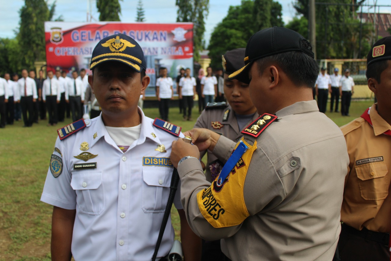 Apel Gelar Pasukan Operasi Keselamatan 2018 Polres Bengkulu Utara Diikuti Oleh Dua Pemda