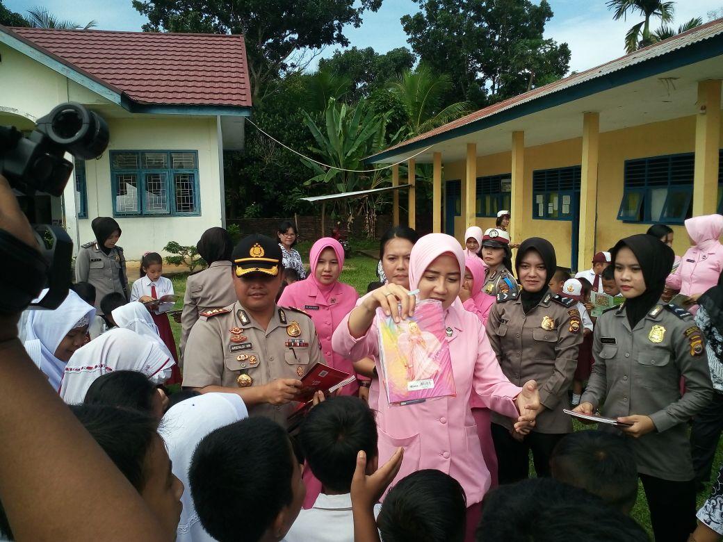Kunjungi Sekolah, Kapolres Bengkulu Utara Gelar Program Polisi Peduli Pendidikan