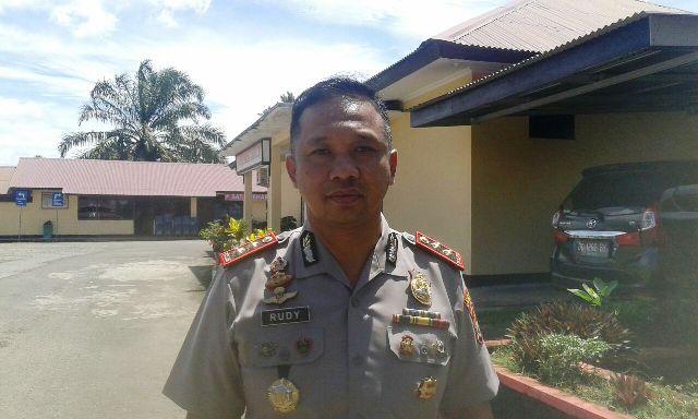 Kapolres BS Himbau DPO Bendahara Untuk Menyerahkan Diri