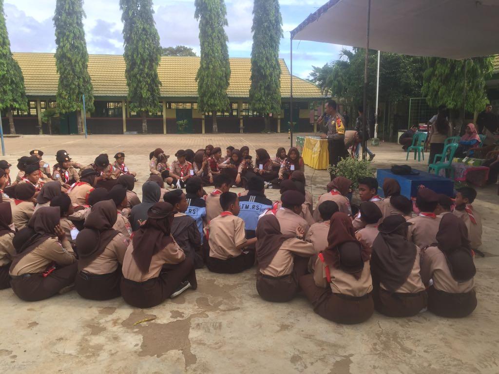 Hadiri Penutupan Persami SLTP N 21 Kota Bengkulu, Kasat Binmas Sampaikan Binluh