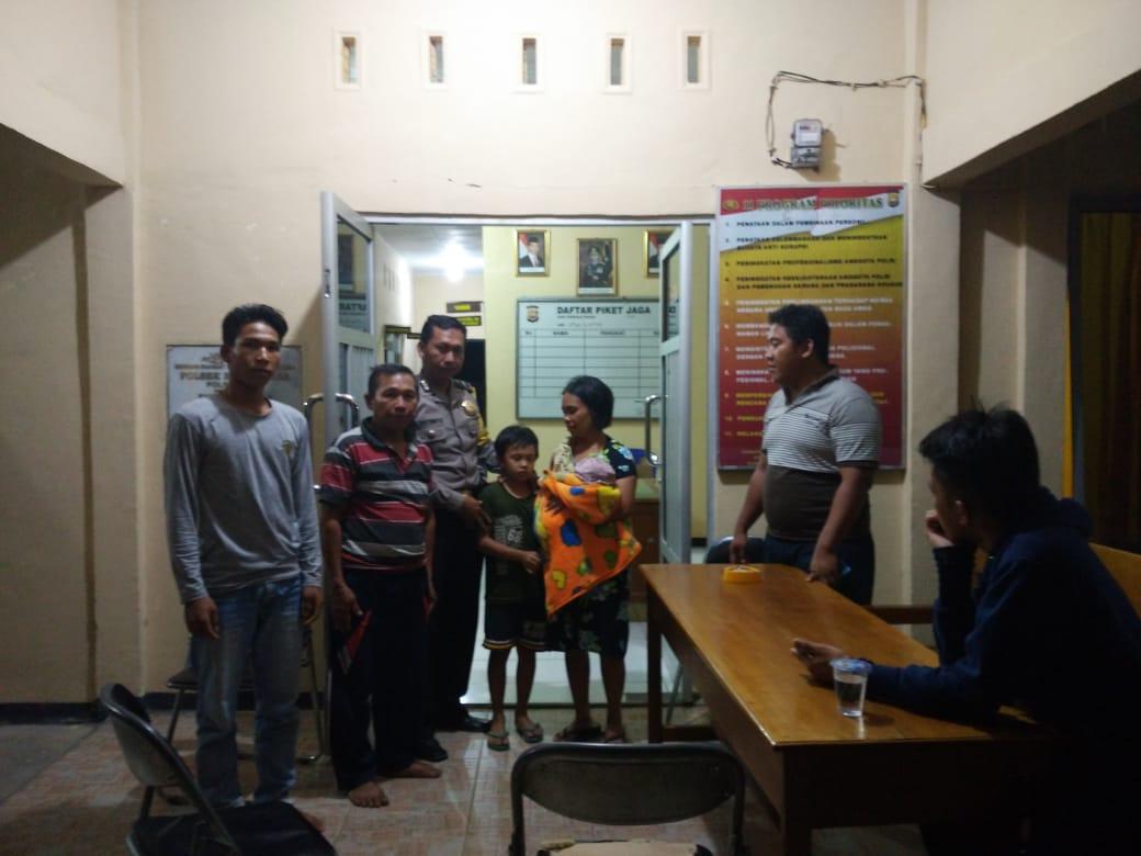Amankan Anak Kabur Dari Rumah, Polsek Kaur Utara Kembalikan Kepada Keluarga