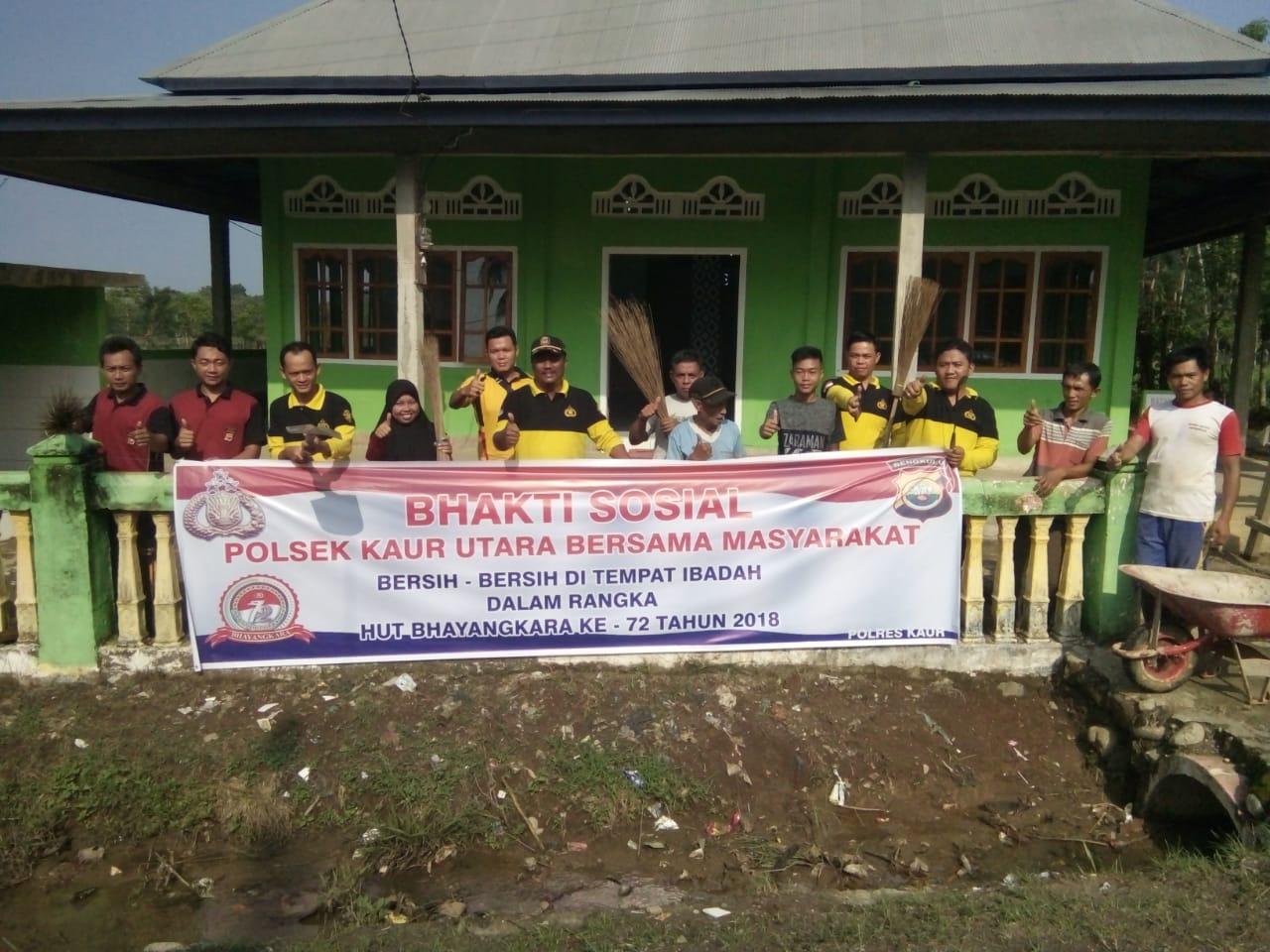 HUT Bhayangkara, Polsek Kaur Utara Gelar Bhakti Sosial