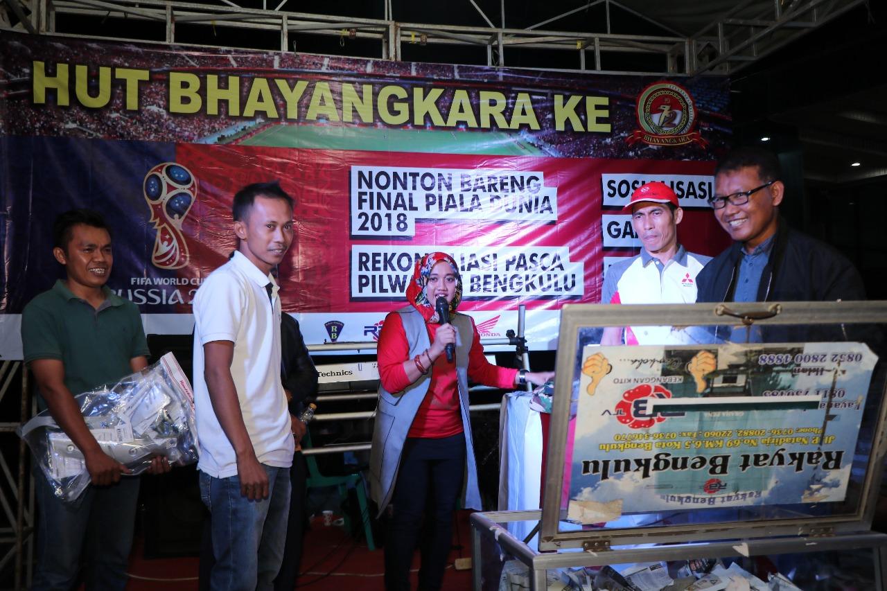 Nobar Piala Dunia, Polda Bengkulu Bersama RBTV Undi  Door Prize 1 Unit Motor