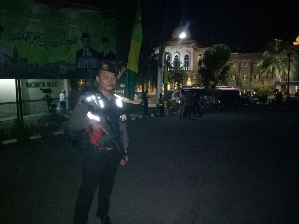 Kepolisian Amankan Keberangkatan Jamaah Calon Haji (CJH)