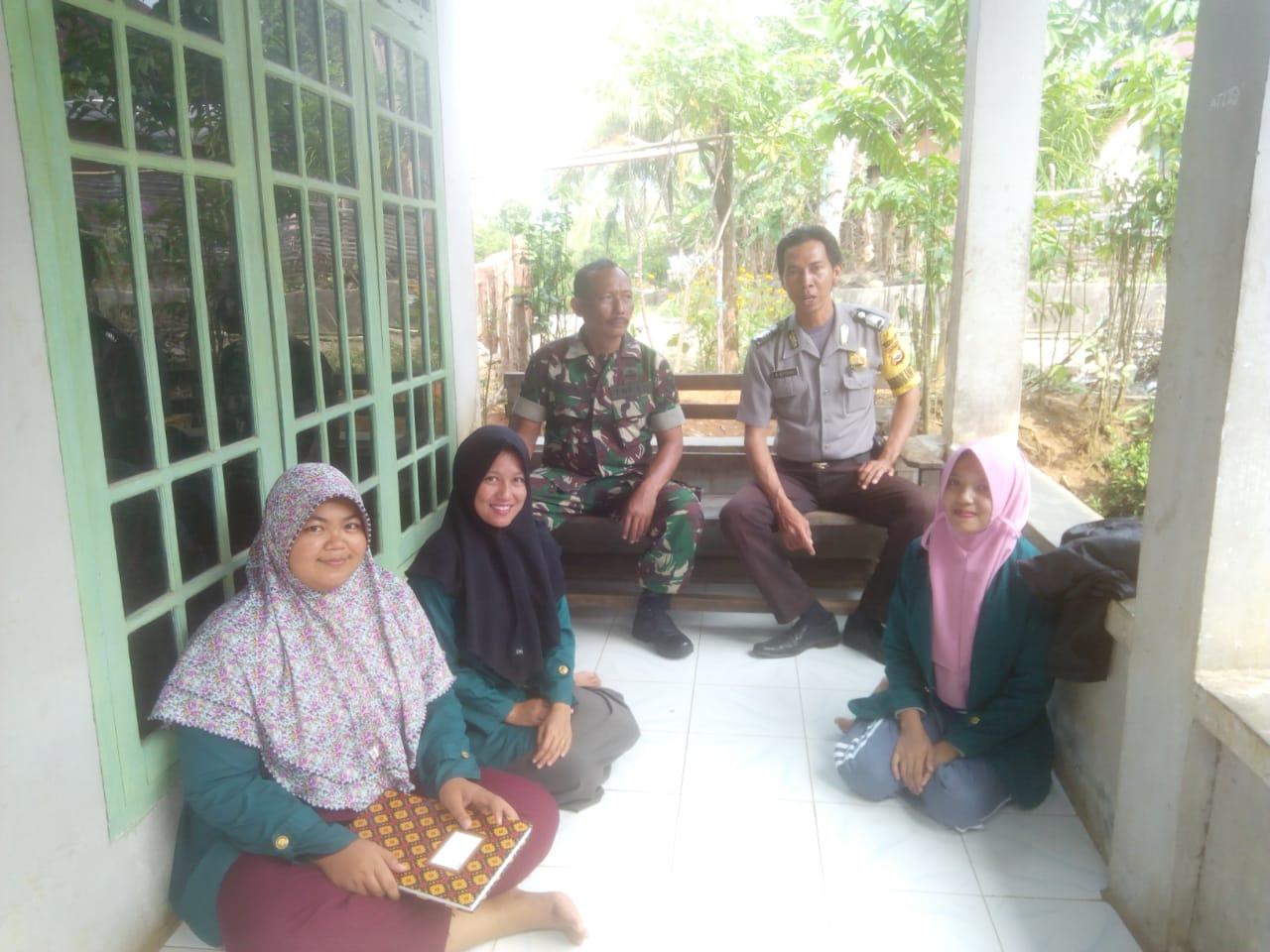 Sinergi TNI/POLRI, Babinsa dan Bhabinkamtibmas Sambang Bersama