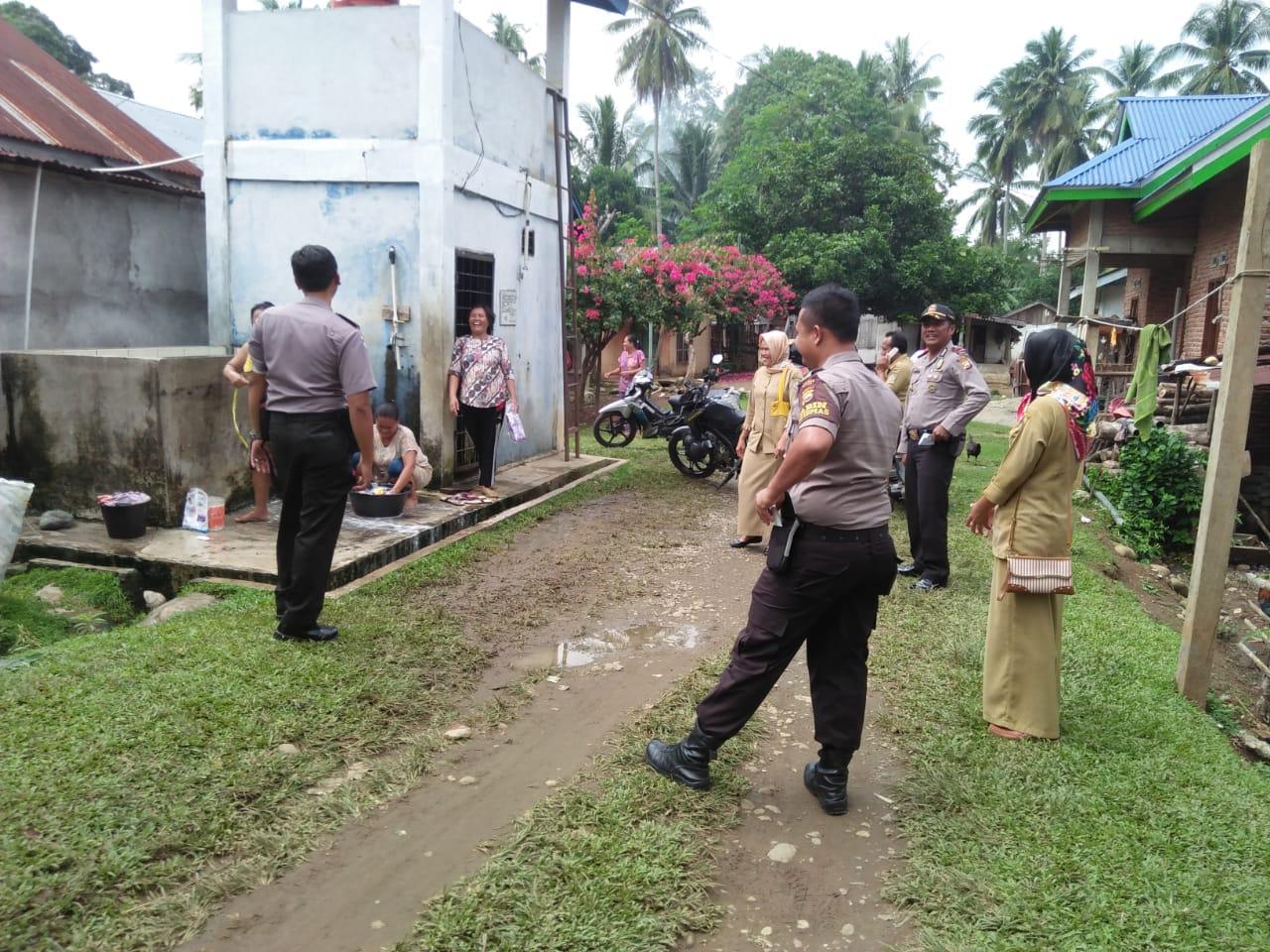 Menghadirkan Negara Ditengah Masyarakat, Polsek Kaur Utara Gandeng Kelurahan dan RT Gelar Patroli Dialogis