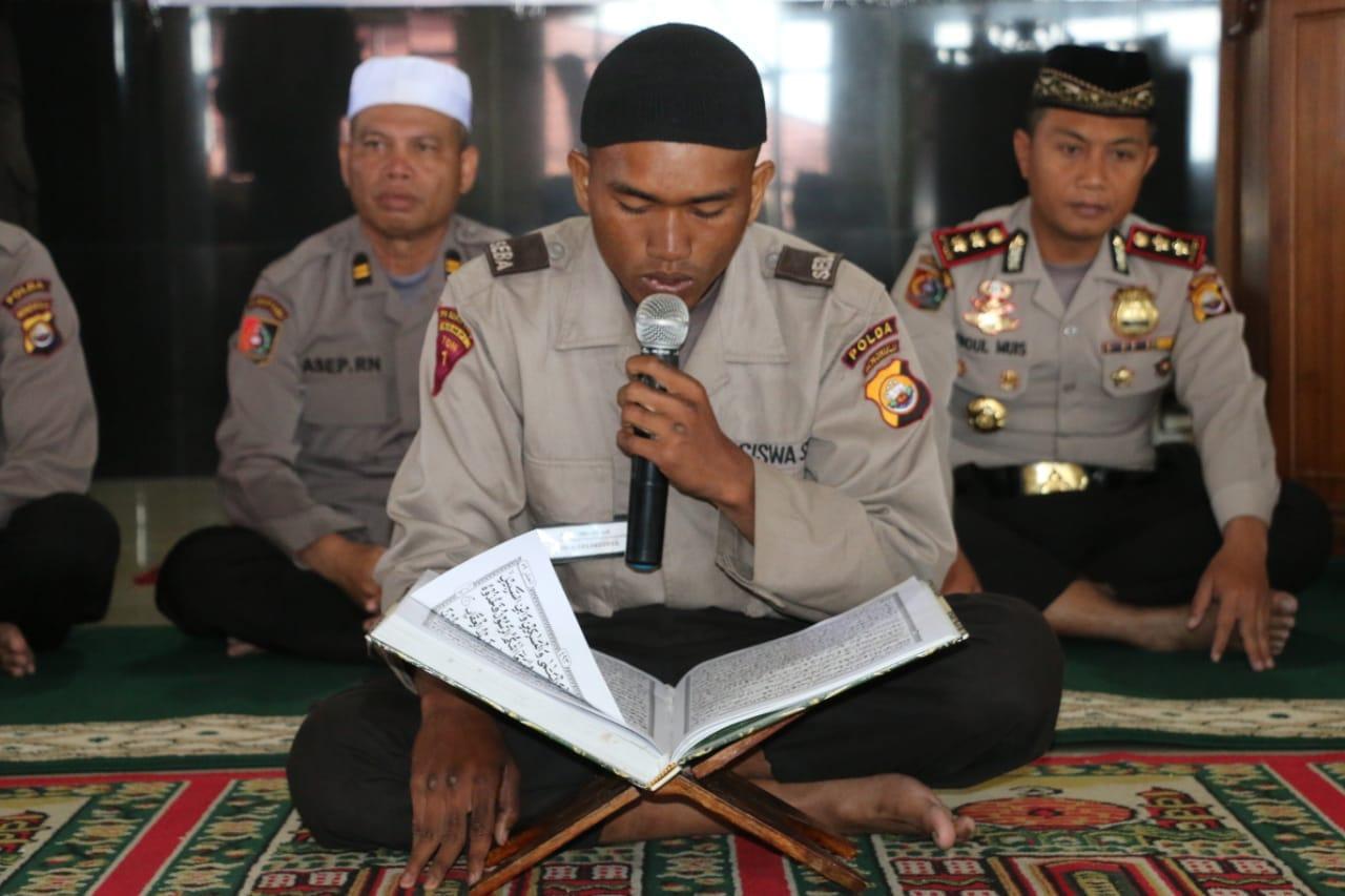 Peringati Tahun Baru Islam, Siswa SPN Bukit Kaba Gelar Bakti Sosial
