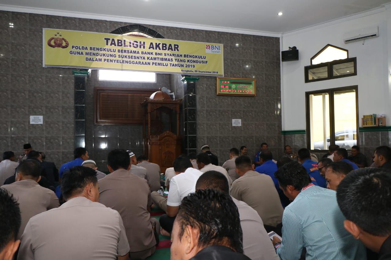 Sukseskan Pemilu Tahun 2019, Polda Bengkulu Bersama Bank BNI Syariah Gelar Tabigh Akbar