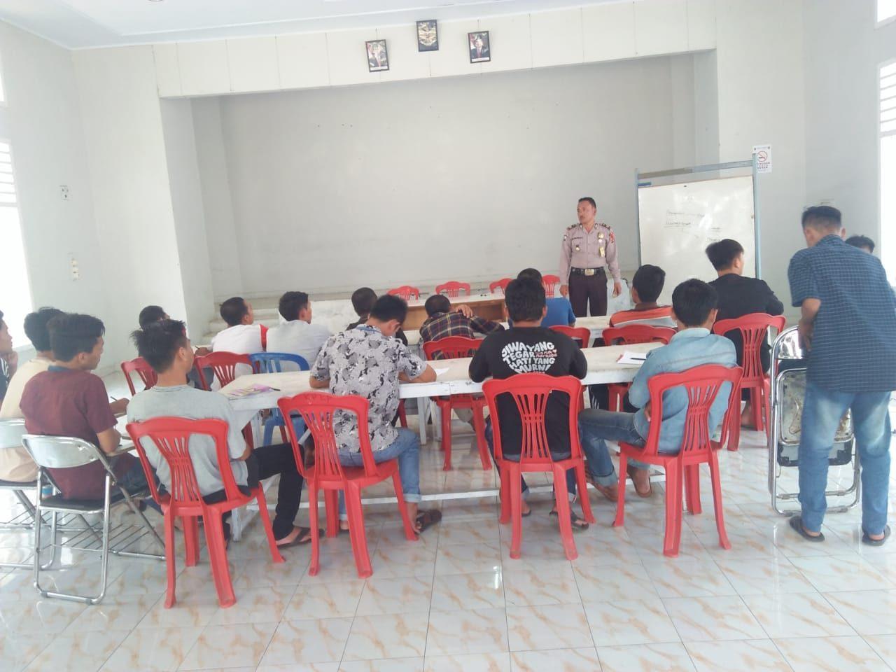 Sinergi Bersama PKMB Bina Sejahtera, Sat Binmas Polres Rejang Lebong Berikan Materi Pembelajaran PKN di Lapas Kelas IIA Curup