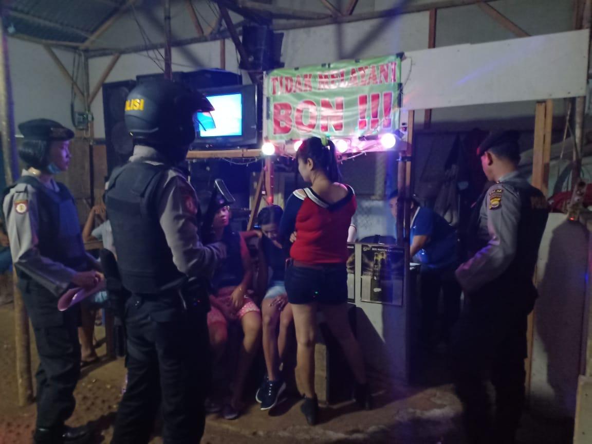 Tekan Penyakit Masyarakat, Direktorat Sabhara Polda Bengkulu Gelar Razia Warung Remang-Remang