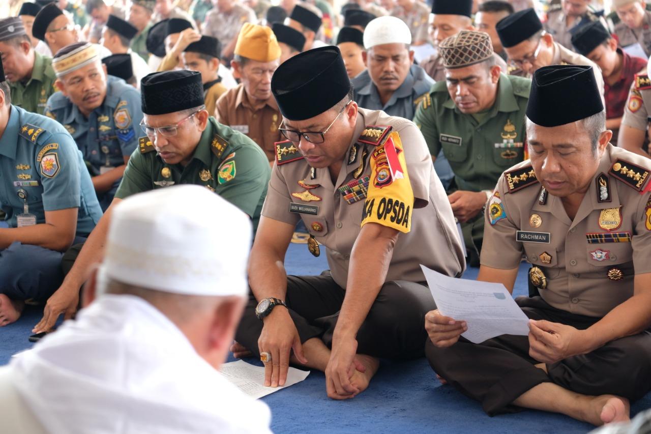 TNI-POLRI Istighosah, Dzikir,dan Do'a Bersama Untuk Palu, Sigi dan Donggala