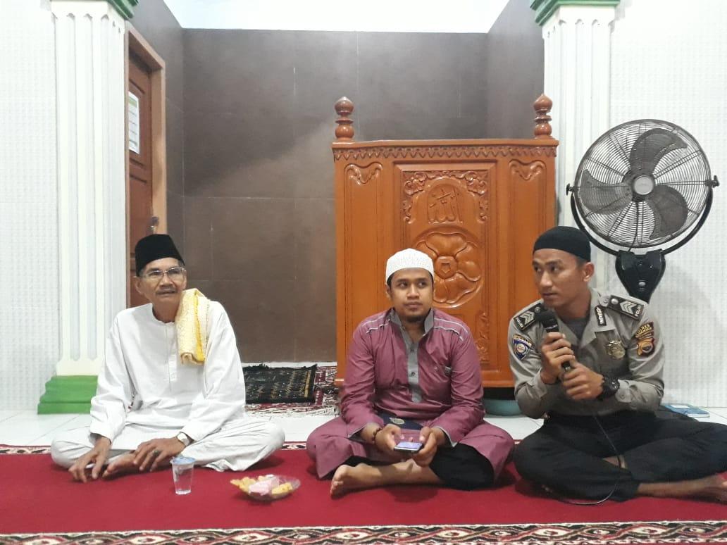 Bersama Jamaah Masjid Al Mukmin, Brigpol Iqmal Deklarasi Pemilu Aman, Damai dan Sejuk