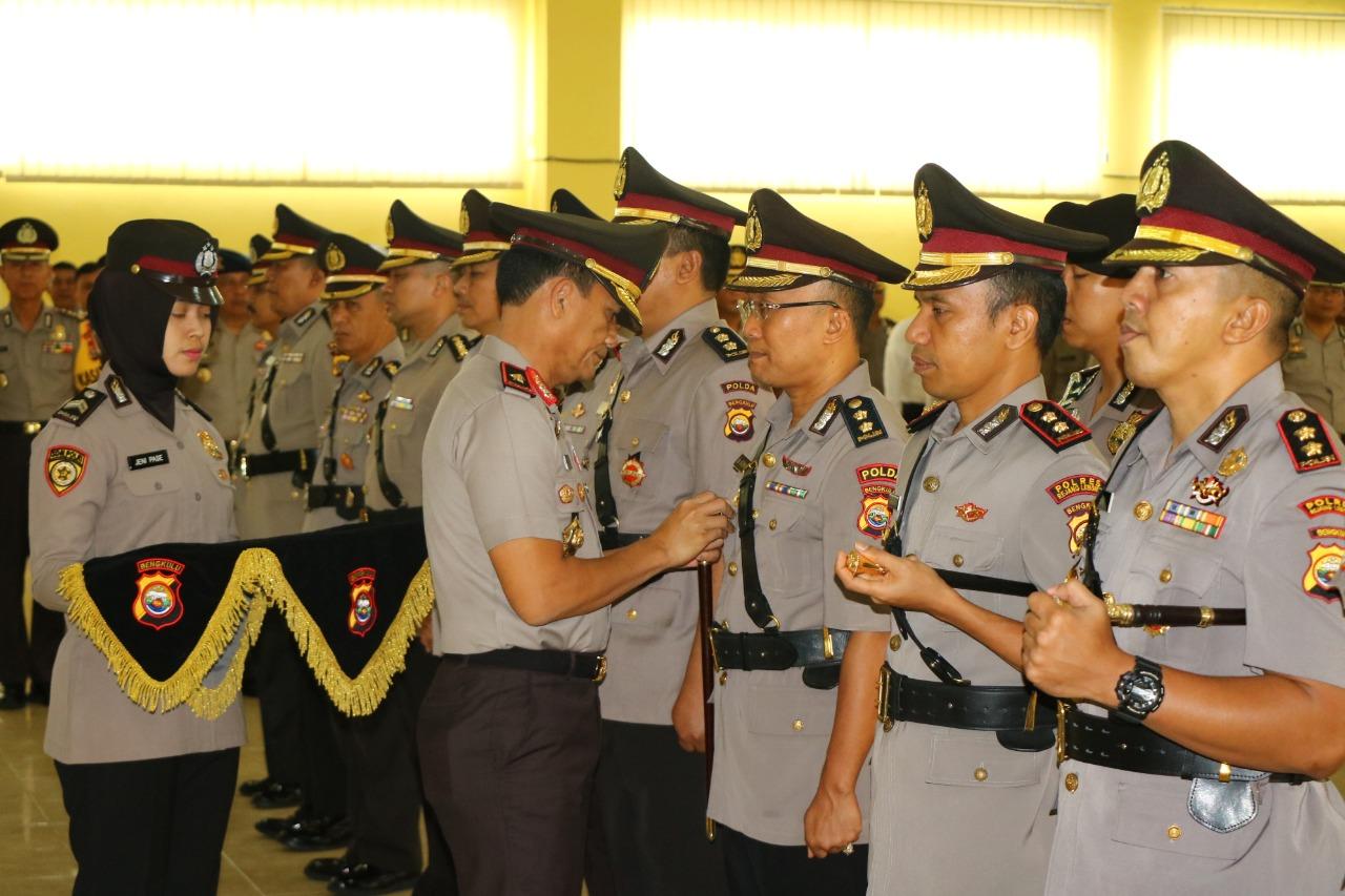 Kapolda Bengkulu Pimpin Sertijab 3 Pejabat Utama Polda dan 2 Kapolres