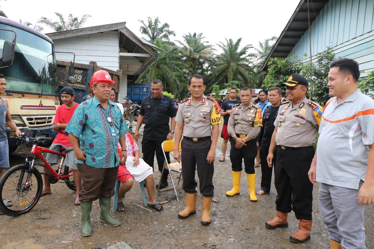 Kapolda Bengkulu Bersama Stakeholder Tinjau Lokasi Banjir PT. BIO