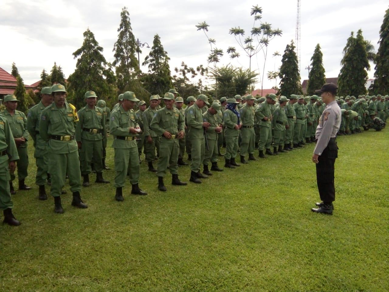 Siap Amankan Pemilu 2019, Polres Mukomuko Gelar Latihan Bersama Linmas