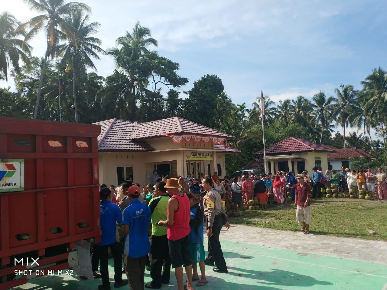 Operasi Pasar Gas 3Kg, Polsek Kaur Utara Diserbu Warga