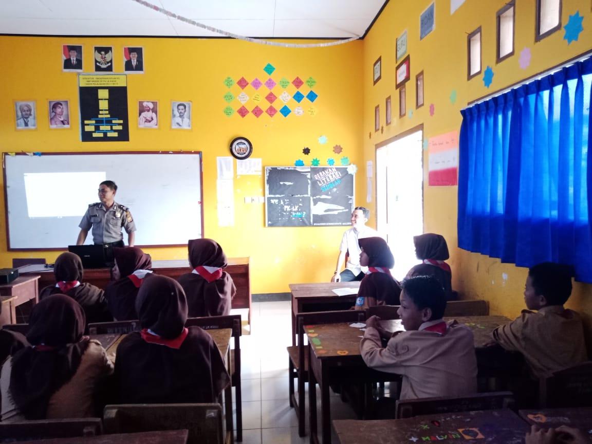 Ajak Pelajar Jauhi Narkoba, Polres Kaur Sosialisasi Di SMP