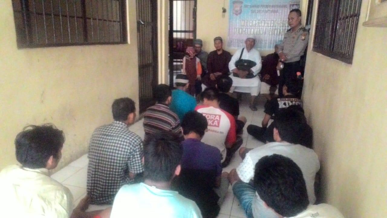 Bersama Da'i Kamtibmas, Polres Kepahiang Gelar Binrohtal Terhadap Tahanan