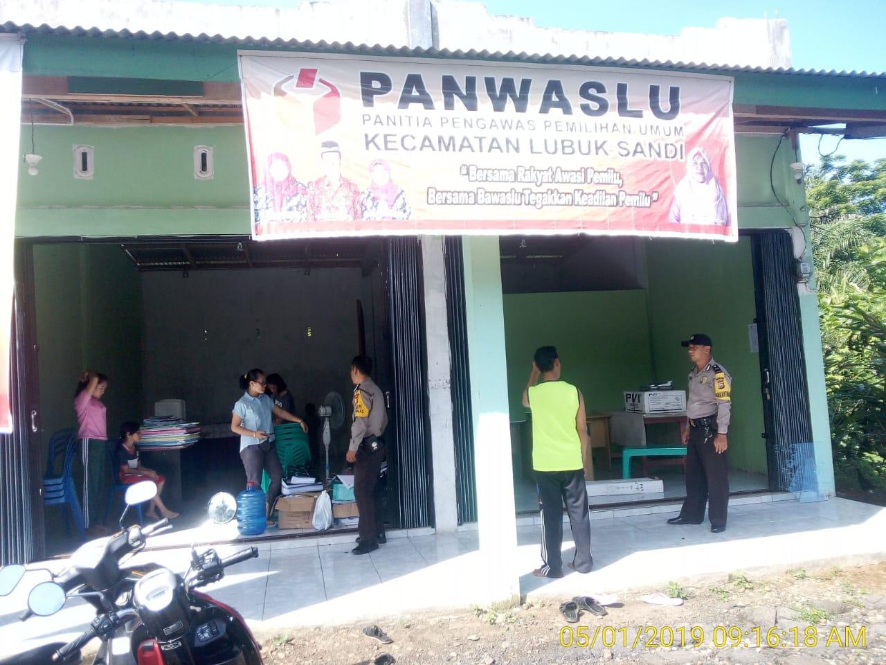 Jalin Sinergi, Anggota Polsek Sukaraja Patroli dan Koordinasi ke Panwascam