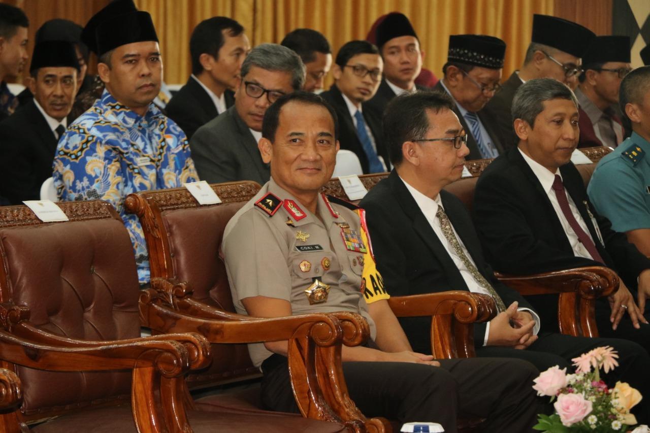 Kapolda Bengkulu Saksikan Pelantikan Kepala OJK Baru