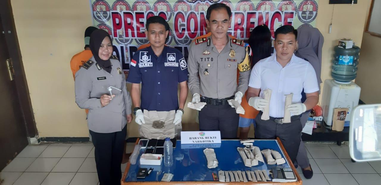 2 Pengedar dan 2 Pengguna Narkotika Ditangkap