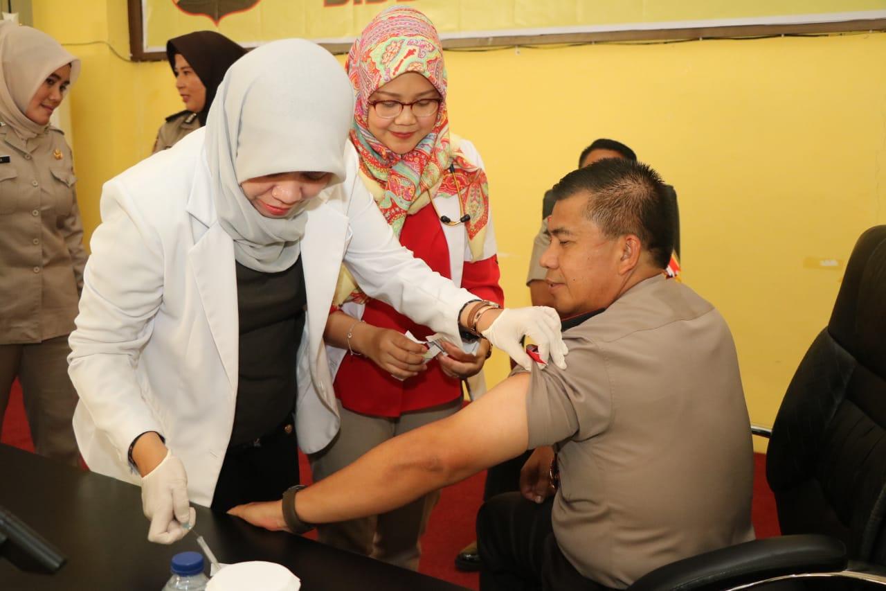 Kapolda Bengkulu Buka Penyuluhan Dan pemberian Vaksinisasi Hepatitis B