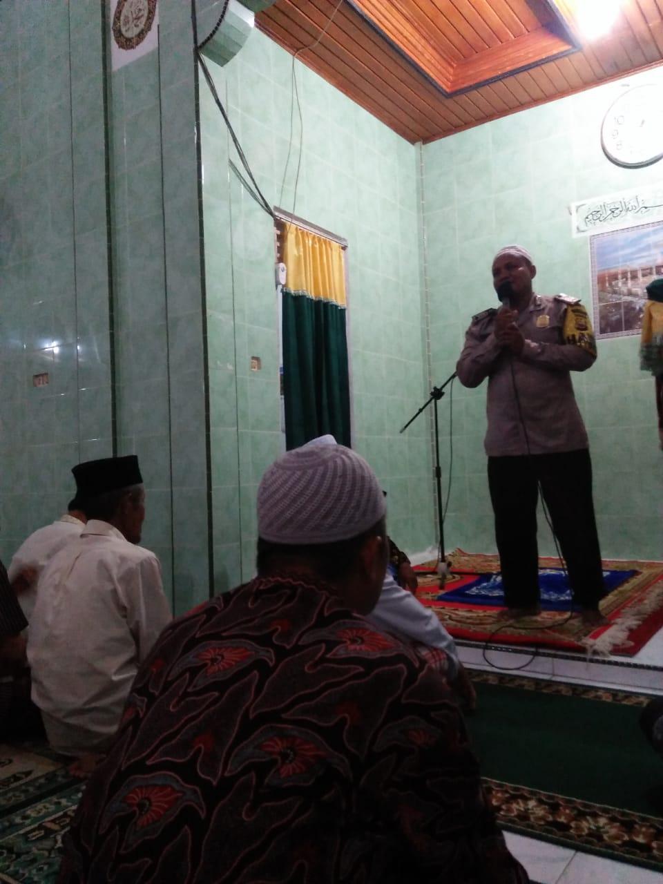 Ibadah Ramadhan, Bhabinkamtibmas Sampaikan Kultum dan Pesan Kamtibmas
